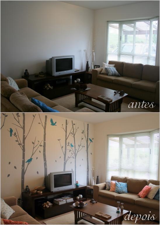 decoracao de sala barata e bonita:Essa parede atrás da TV era muito branca, muito vazia.
